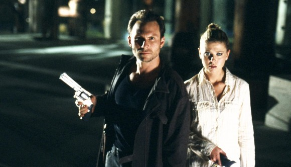 still-of-christian-slater-and-tara-reid-in-alone-in-the-dark-(2005)-large-picture