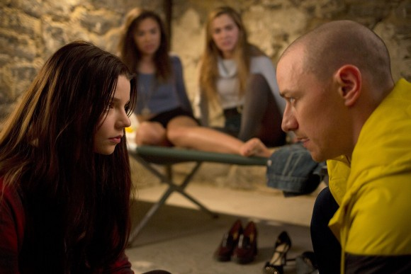 SPLIT2017Pictured:(JAMES MCAVOY)  with (L to R) Casey (ANYA TAYLOR-JOY), Claire (HAYLEY LU RICHARDSON) and Marcia (JESSICA SULA)Credit: John Baer/Universal